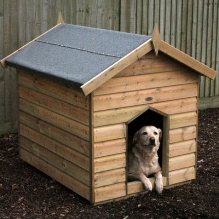 The TATE Fencing Dog Kennel installed on site.