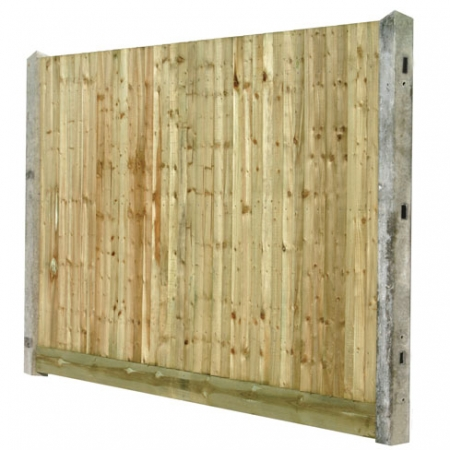 Closeboard with concrete post, timber gravelboard and cleat for concrete