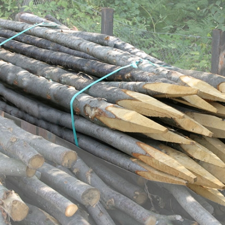 chestnut-fencing-hurdle-posts