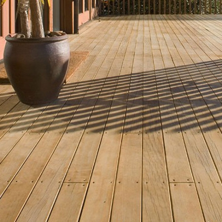 Radiata pine softwood smooth and grooved decking 28x145mm with a 30 year guarentee