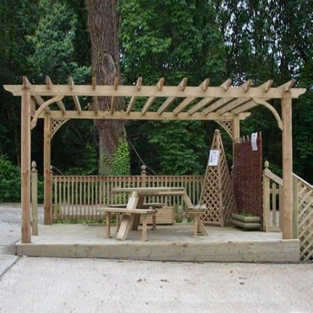 standard garden pergola
