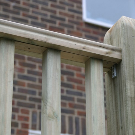 Spacers Fitted in Tate Fencing Decking Hand Rail