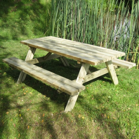 Large picnic bench 1800mm wide