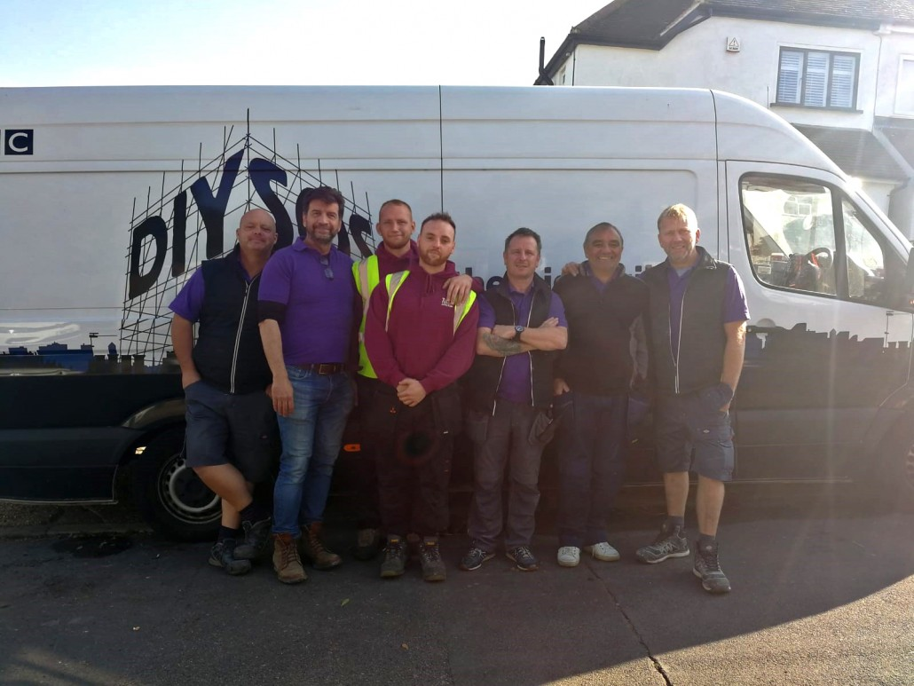 Tate Fencing help out DIY SOS
