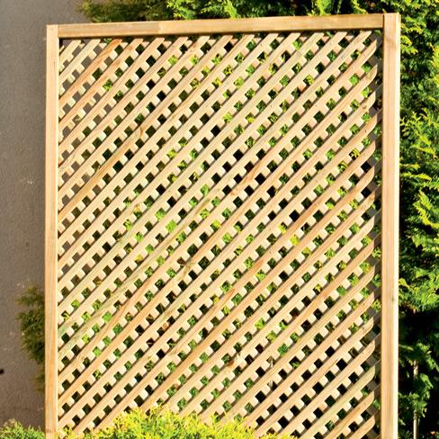 Clementine Diamond Trellis Panel detail