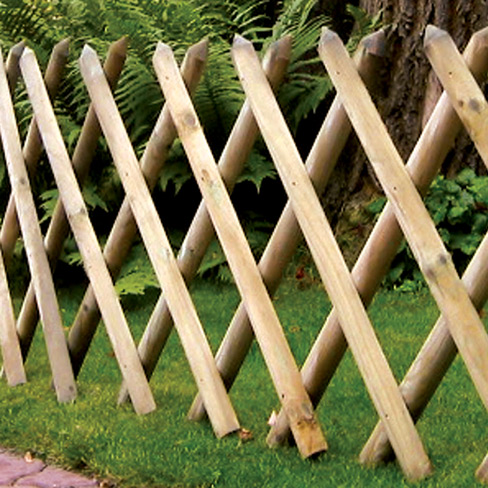Half Round Expanding Trellis panel installed in garden