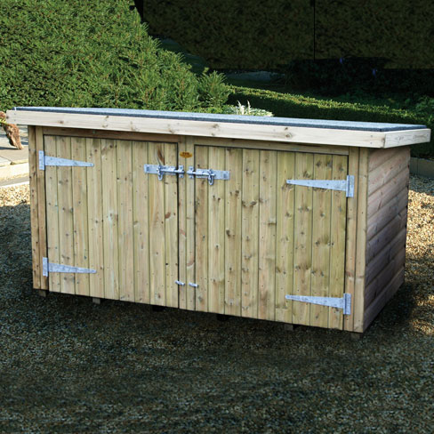 TATE Fencing storage chest with both doors locked