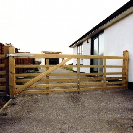 The Tate Fencing Softwood Sussex Entrance or Field gate.