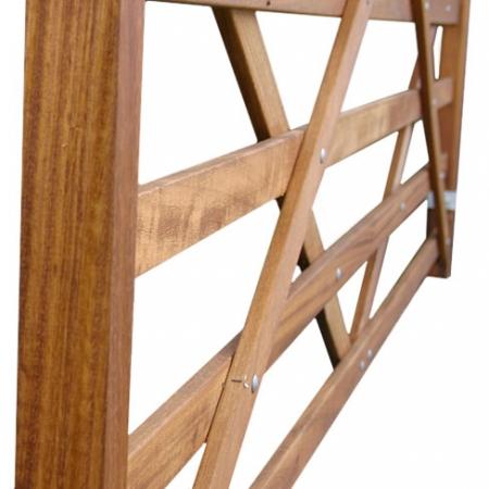 Hardwood Premier Field gate - brace detailing