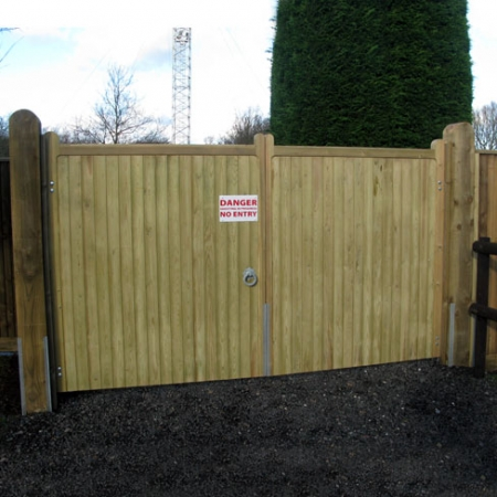 A great example of a pair of softwood wimborne gates