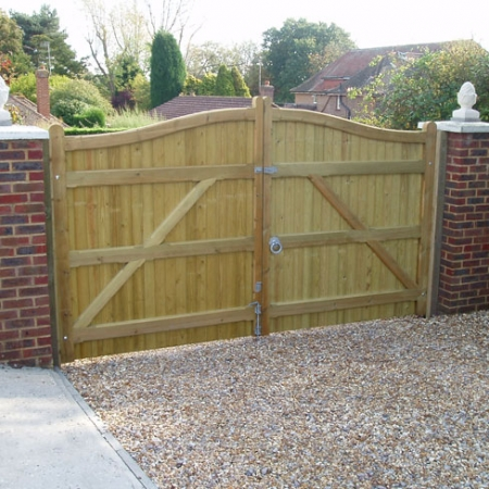 Rear view of a pair od cranborne softwood gates with the hinges fitted on the front