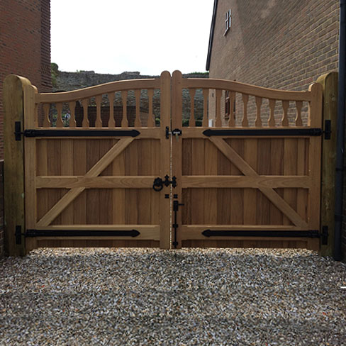 Hardwood Iroko Windsor swish top gates looking for the rear