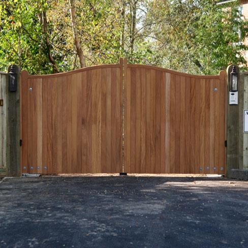Hardwood Cranborne gates installed on softwood posts