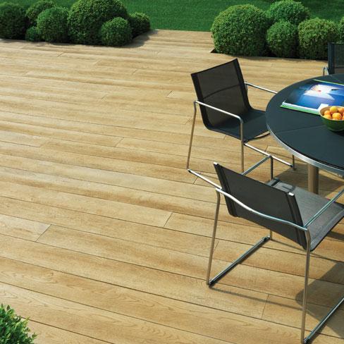 Stylish composite decking; Enhanced Grain in Golden Oak colour. Perfect for outside entertaining.