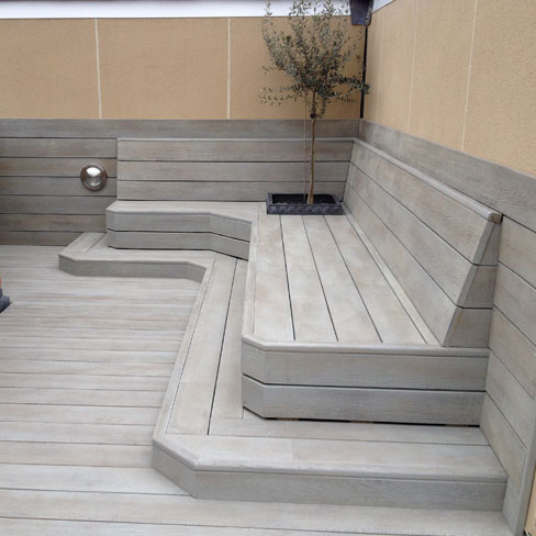Enhanced Grain, Smoked Oak seating area