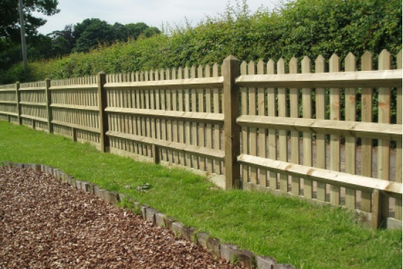 Wooden Palisade Fencing Panels | Picket Fencing From TATE