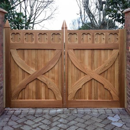 Iroko Hardwood Artemis Gate