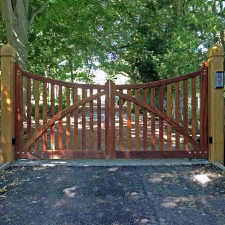 Berwick Gates by Tate Fencing