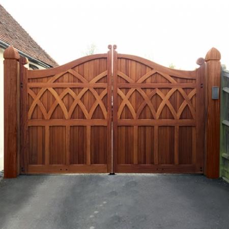 Tate Fencing Trinity Gates