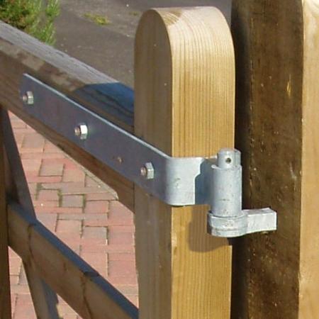 5 Bar Gates & Entrance Gate Fittings